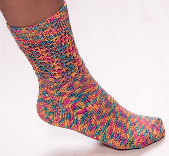 Knitting Socks : Martingale toe up techniques for hand knit socks ebook