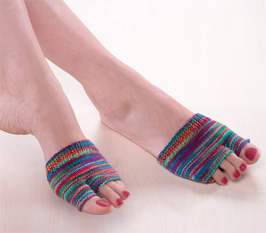 Hand Knitting Techniques : Martingale toe up techniques for hand knit socks ebook