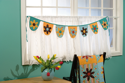 Floral Pennant Banner from Cool Girls Quilt