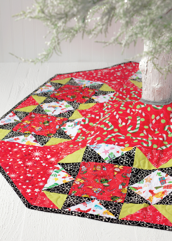 Star Light, Star Bright tree skirt from Sew Merry and Bright