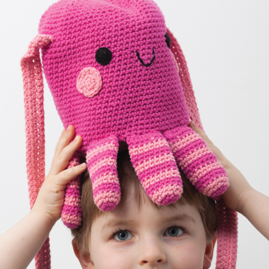 Amigurumi On The Go : Whimsical totes and bags for kids: Amigurumi on the Go ...