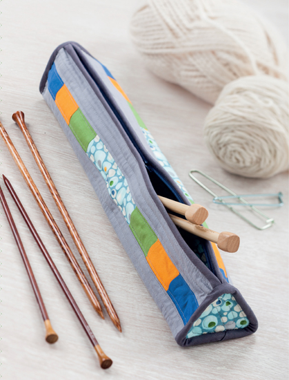 Triangular Knitting Needle Case