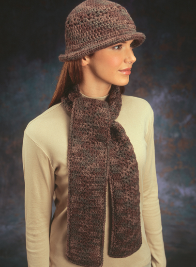 Windy City Chicago crocheted hat and scarf